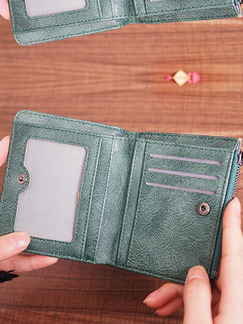 Green Leather Zipper Embroidery Short Wallet