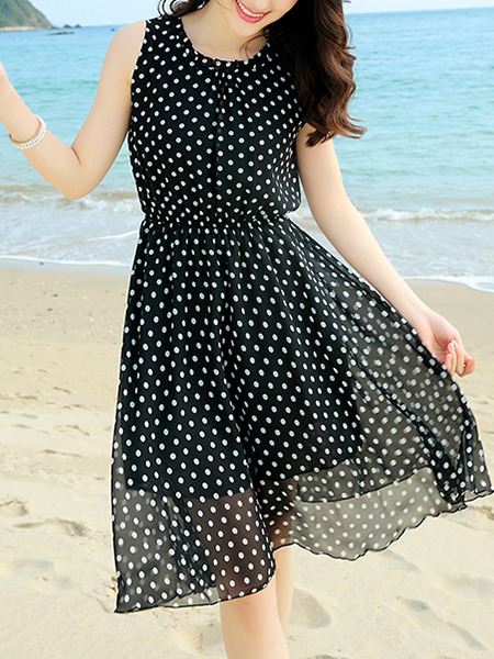 Black White Polkadot Fit & Flare Knee Length Plus Size Dress for Casual Beach
