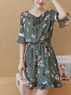 Green Colorful Fit & Flare Above Knee Plus Size Floral Dress for Casual Party