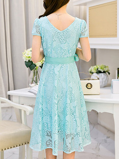 Blue Shift Knee Length Lace Plus Size V Neck Dress for Casual Party Evening