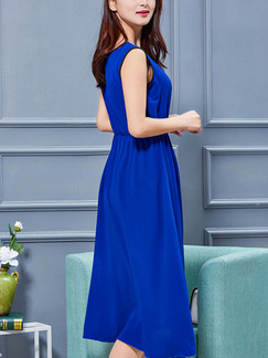 Blue Fit & Flare Knee Length Plus Size Dress for Casual Office Evening Party