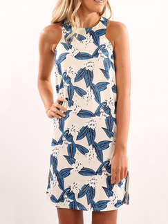 White and Blue Shift Above Knee Plus Size Halter Dress for Casual Beach Party