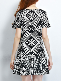 White and Black Shift Above Knee Plus Size Dress for Casual Party Nightclub