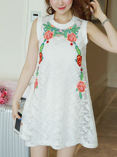 White Shift Above Knee Plus Size Lace Floral Dress for Casual Party