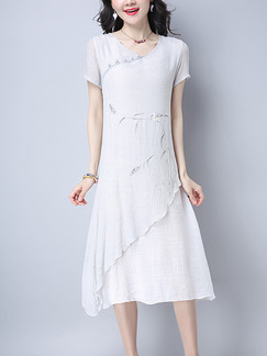 White Shift Midi Plus Size V Neck Dress for Casual
