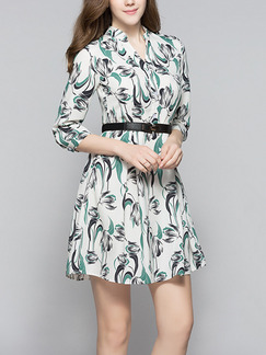 White and Green Shift Above Knee Plus Size V Neck Dress for Casual Office Evening