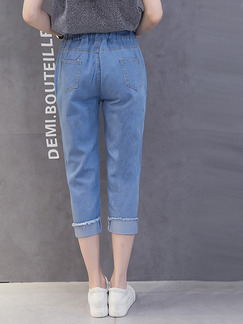 Blue Colorful Three Quarter Floral Plus Size Denim Pants for Casual