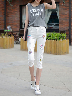 White Three Quarter Pants for Casual Office