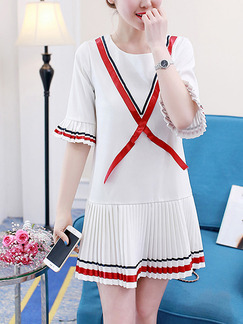 White and Red Above Knee Contrast Pleated Plus Size Dress for Casual Office Party