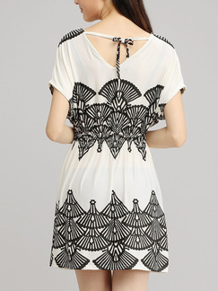White Black Above Knee V Neck Dress for Casual