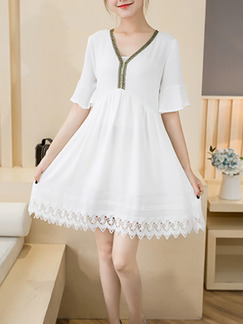 White Above Knee Fit & Flare Plus Size Lace V Neck Dress for Casual Party Evening  Seasonal Discount