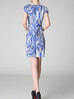 Blue and White Sheath V Neck Plus Size Above Knee Dress for Casual Evening Party  On Sale