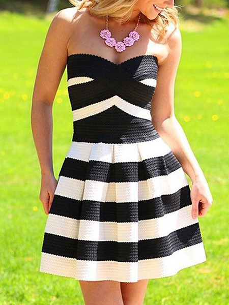 Black and White Fit & Flare Above Knee Plus Size Strapless Dress for Casual Party