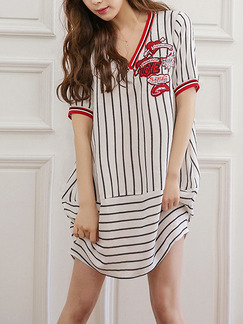 Black and White Stripe Shift Above Knee V Neck Dress for Casual