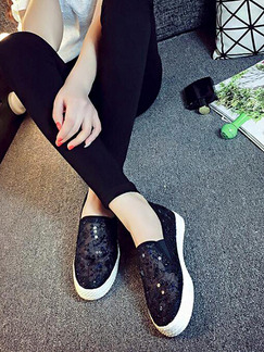 White and Black Canvas Round Toe Rubber Shoes
