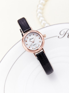 Black Leather Band Quartz Watch