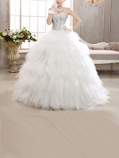 White Sweetheart Ball Gown Ruffle Beading Dress for Wedding