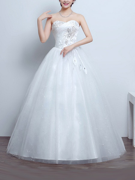 White Sweetheart Ball Gown Beading Embroidery Appliques Dress for Wedding