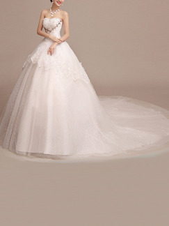White Sweetheart Ball Gown Embroidery Beading Dress for Wedding