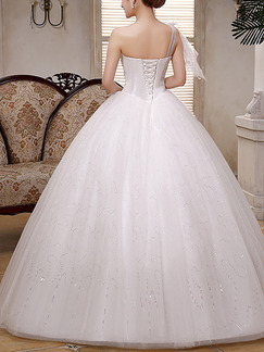 White Sweetheart One Shoulder Ball Gown Beading Embroidery Appliques Dress for Wedding