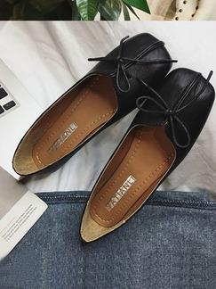 Black Leather Round Toe Flats