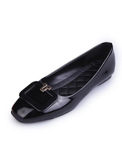 Black Patent Leather Round Toe Flats