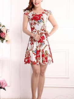 Red and White Above Knee Plus Size Fit & Flare Floral Dress for Casual Beach