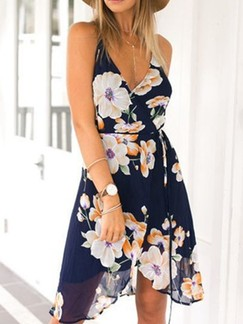 Blue V Neck Floral Fit & Flare Above Knee Plus Size Slip Dress for Casual Beach