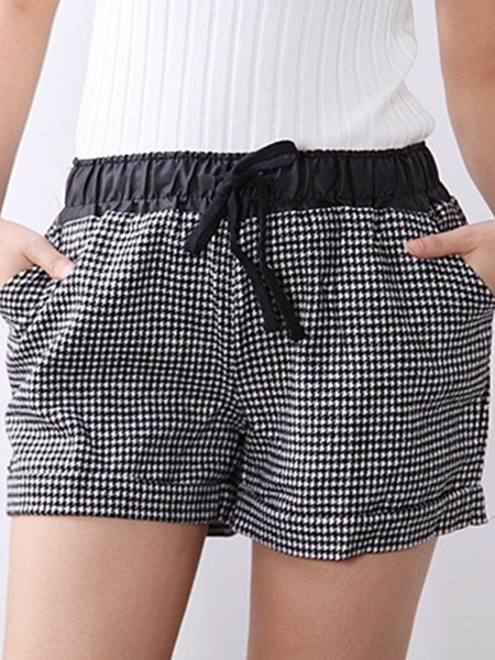 Black and White Printed Shorts for Casual