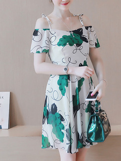 baf28373ca07 White Green Fit   Flare Slip Off Shoulder Plus Size Above Knee Dress for  Casual Party