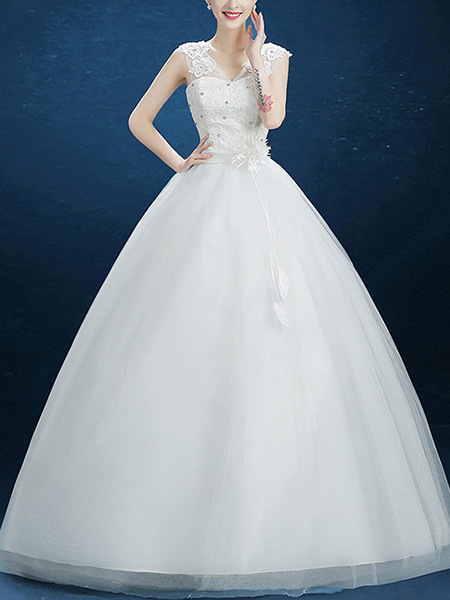 Wedding Dress For   Ph : White illusion princess v neck appliques beading lace