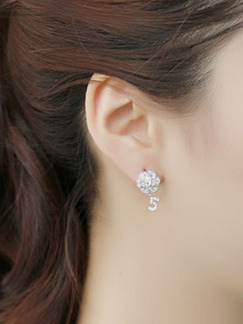 Gold Plated Stud Rhinestone Earring