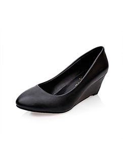 Black Leather Pointed Toe Low Heel 5cm Wedges