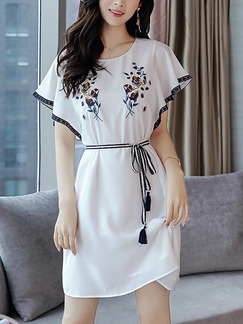 White and Black Above Knee Embroidery Band Belt Laced Chiffon Plus Size Dress for Casual Office Evening Party