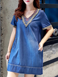 Blue V Neck Loose Plus Size Denim Embroidery  Shift Above Knee Dress for Casual Party