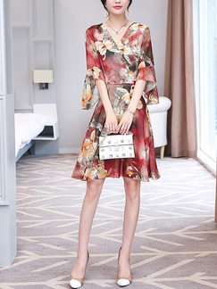 Colorful Plus Size Slim A-Line Printed Flare Sleeve V Neck Knee Length Floral Dress for Casual Party Evening