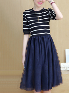 Blue and White Stripe Plus Size Knitted Stripe Linking Pleated Knee Length Dress for Casual Party Office Evening