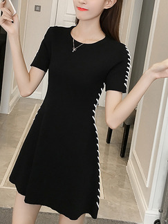 Black Knitted Slim A-Line Round Neck Contrast Stitching Above Knee Dress for Casual Party