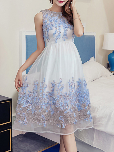 White and Blue Slim Located Printing Mesh See-Through High Waist Dress for Casual Party