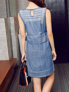 Blue Denim Round Neck Located Printing Band Belt Above Knee Dress for Casual Party