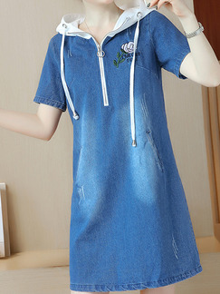 Blue Denim Plus Size Contrast Hooded Pockets Located Printing Above Knee Dress for Casual Party