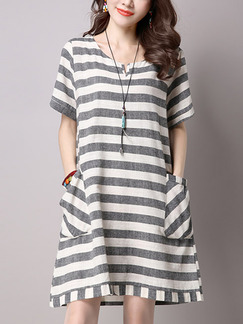 White and Grey Loose A-Line Contrast Stripe Round Neck Pockets Shift Dress for Casual