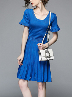 Blue Knitting Slim Round Neck Flare Sleeve Pleated Breathable Perforated Above Knee Dress for Casual Party