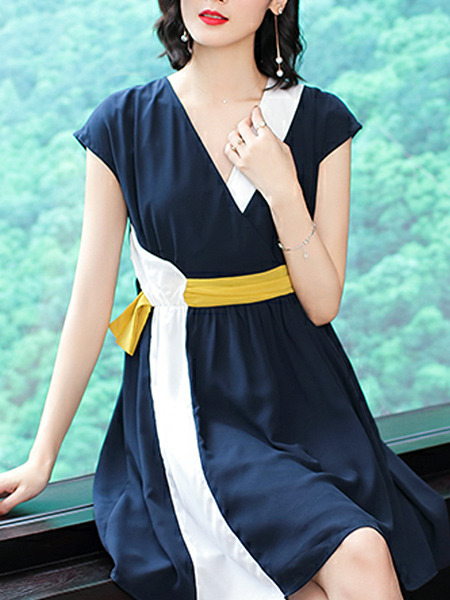 Dark Blue Slim Contrast Linking Above Knee Fit & Flare V Neck Plus Size Dress for Casual Party