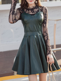 Green and Black Two-Piece Slim Linking Lace A-line Bra Strap Long Sleeve Above Knee Dress for Party Evening Semi Formal Cocktail