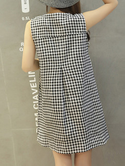 Black and White A-Line Plus Size Loose Grid Round Neck Buttons Pockets Above Knee Dress for Casual Party