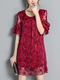 Red Plus Size A-Line Figured Round Neck Flare Sleeve Dress for Casual Party