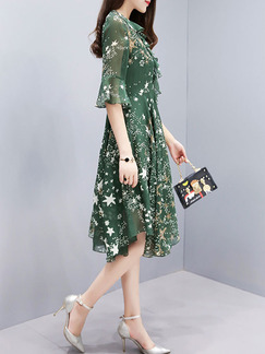 Green Two-Piece Plus Size Slim A-Line Chiffon Printed V Neck Flare Sleeve Asymmetrical Hem Dress for Casual Party Evening