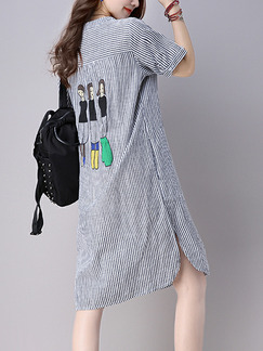 Blue and White Plus Size Loose Vertical Stripe Round Neck Located Printing Furcal Knee Length Dress for Casual