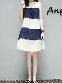 Blue and White Plus Size Loose A-Line Contrast Embroidery Round Neck U-Shaped Buckle Shift Above Knee Dress for Casual